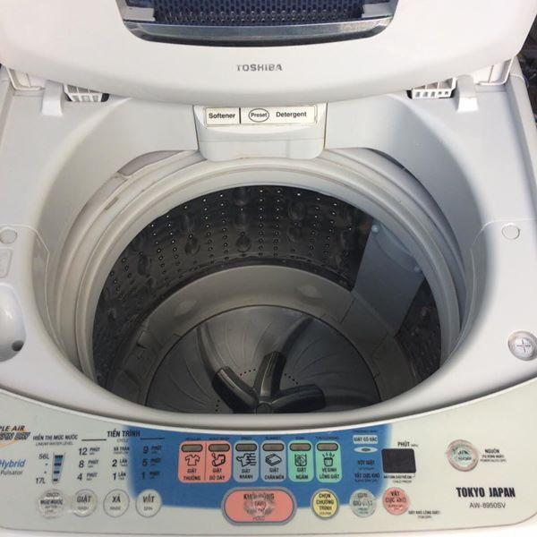 Máy giặt Toshiba 8kg lòng inox không rỉ mới 90%