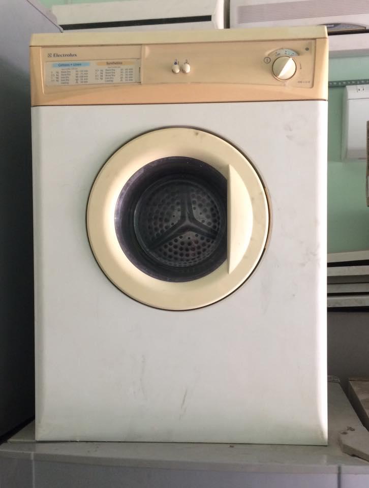 Dịch vụ sửa máy sấy quần áo tại nhà TPHCM