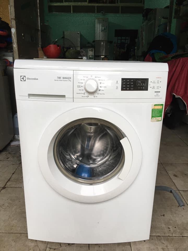 Máy giặt Electrolux (7kg) EWF 85752