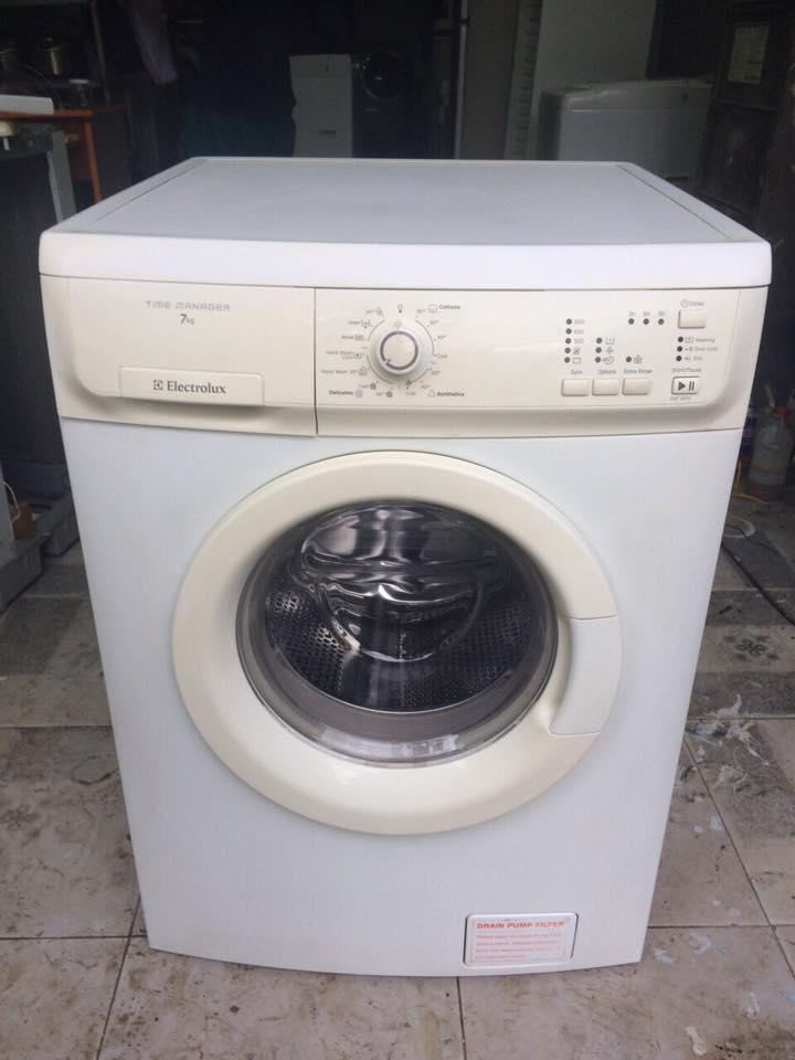 Máy giặt Electrolux EWF-8576 7KG