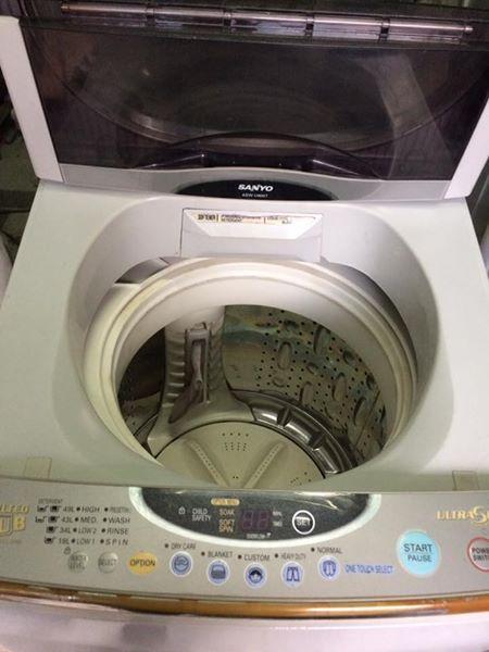 Máy giặt Sanyo 6,5kg lồng nghiêng mới 90%