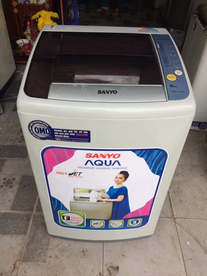 Máy giặt Sanyo 6,8 kg lòng inox không rỉ mới 90%
