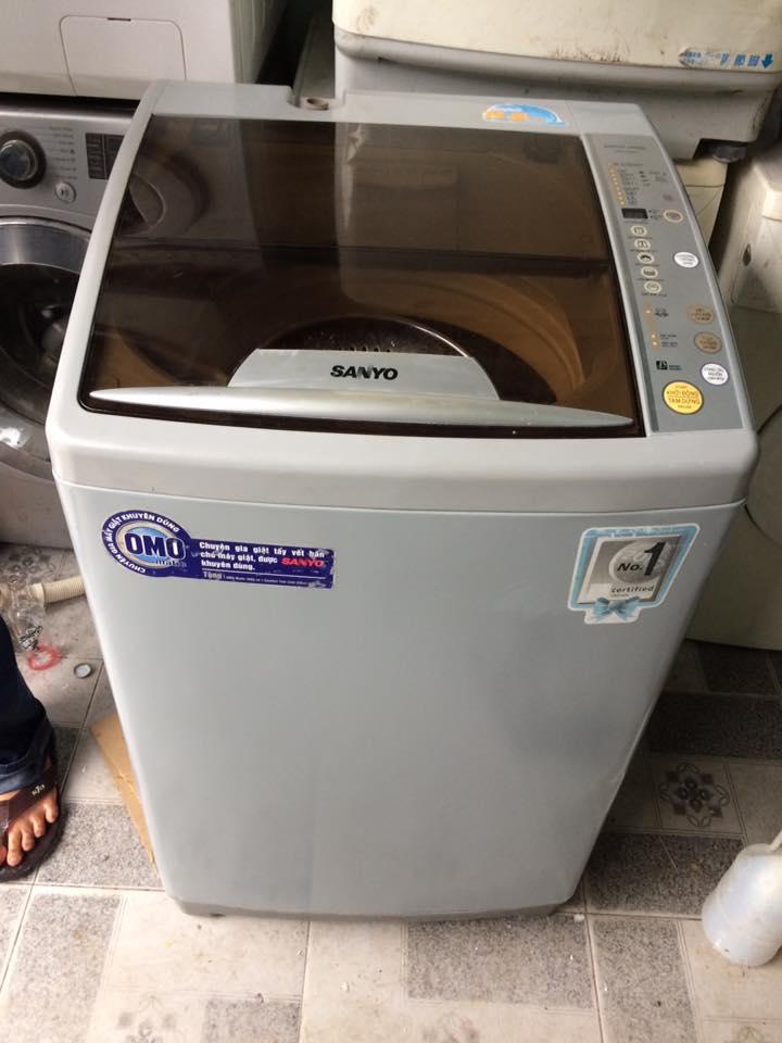 Máy giặt Sanyo 8,5kg lòng inox không rỉ mới 90%