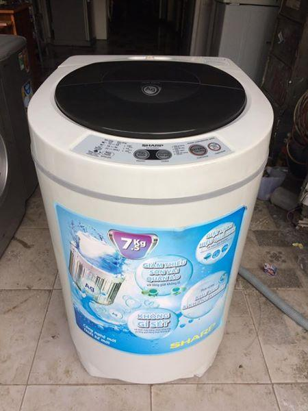 Máy giặt Sharp ES-Q 755EV 7,5kg mới 93%