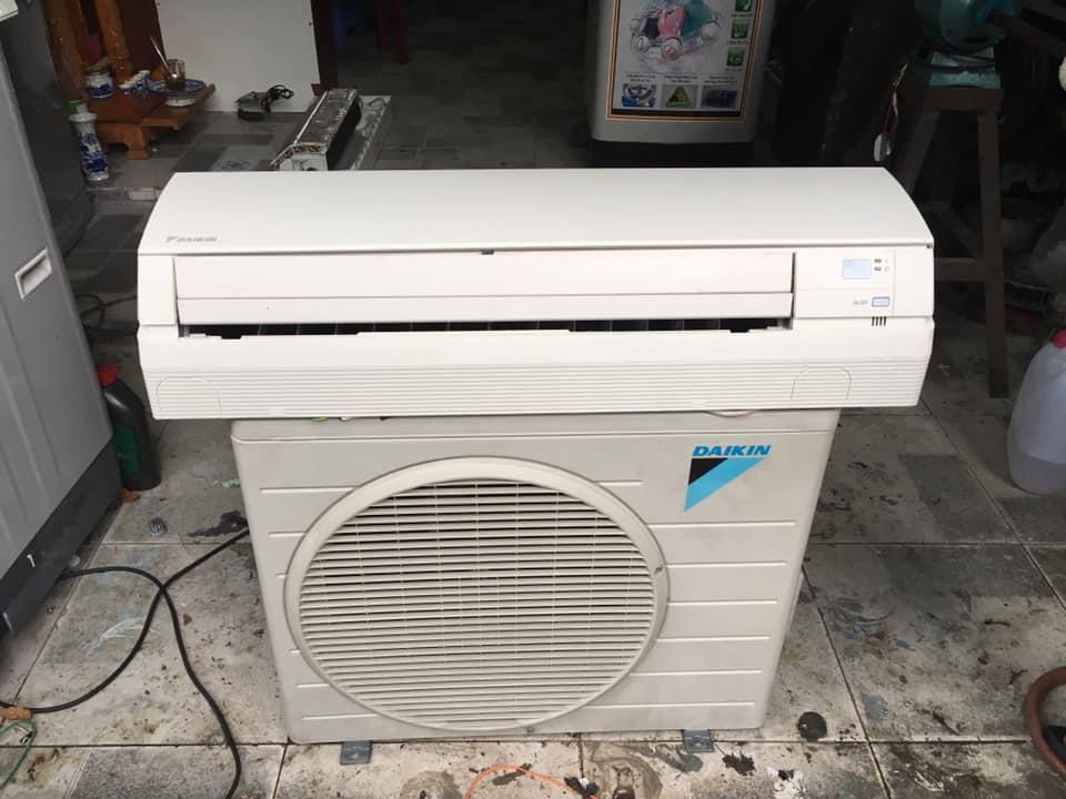 Máy lạnh Daikin (1,5HP) FTNE35MV1V9