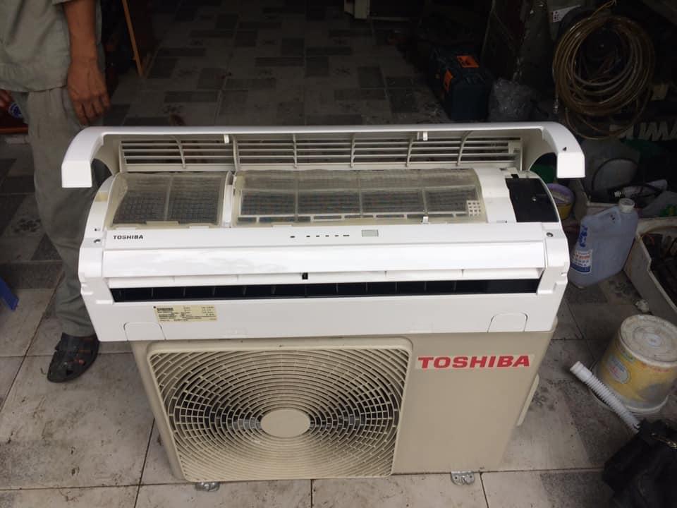 Máy lạnh Toshiba RAS-12NKPX-V (1.5HP)