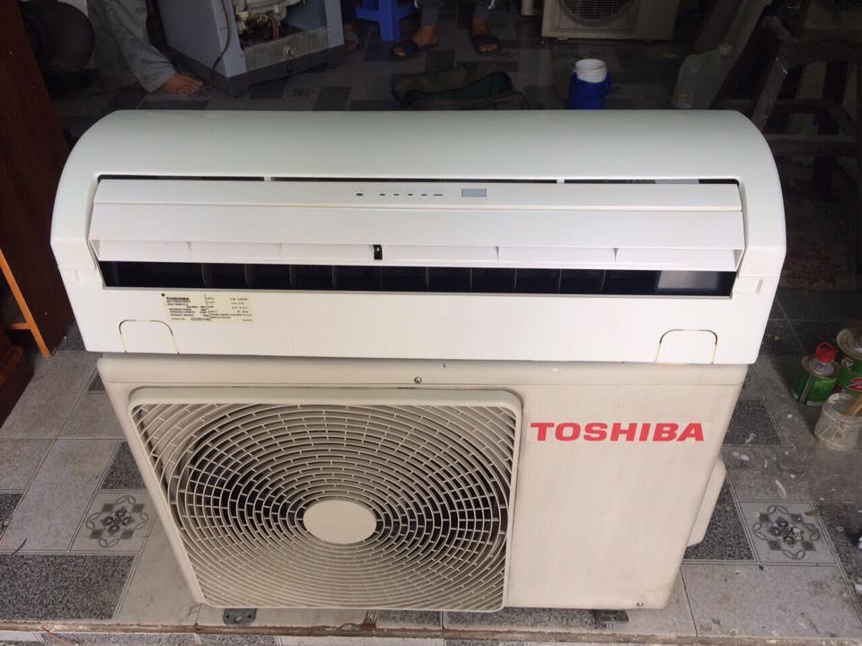 Máy lạnh Toshiba RAS-12NKPX-V 1,5HP mới 95%
