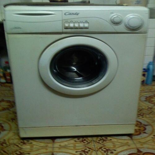 Mua máy giặt cũ quận 8 giá cao