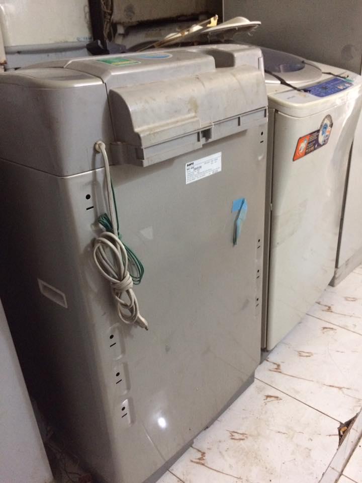 Mua máy giặt cũ quận Tân Bình giá cao