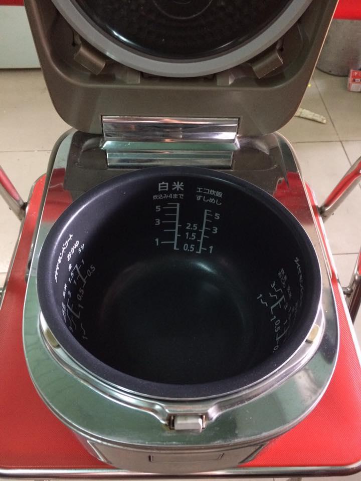 Nồi cơm điện cao tần IH PANASONIC SR-HX101 - 1 lít