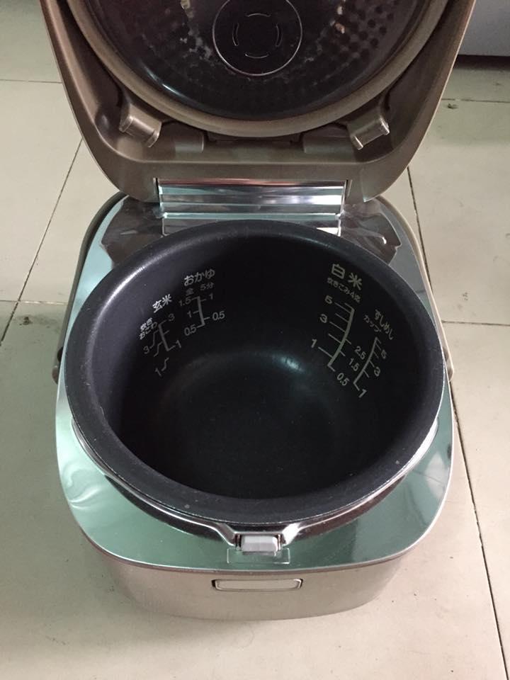 Nồi cơm điện cao tần IH Panasonic SR-HY10E6 1 LÍT mới 95%