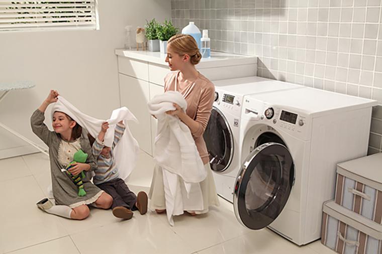 Sử dụng máy giặt khi nhà có trẻ sơ sinh