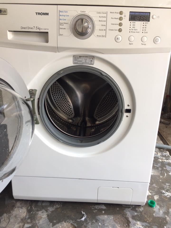 Sửa máy giặt cửa ngang tại nhà TPHCM