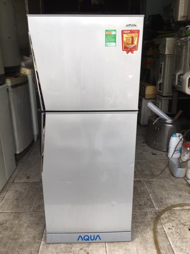Tủ lạnh Aqua (180 lít) không đóng tuyết AQR-S185BN