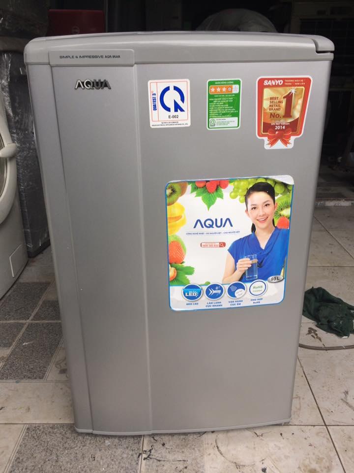 Tủ lạnh Aqua AQR-95AR(SS) 93 lít mới 95%