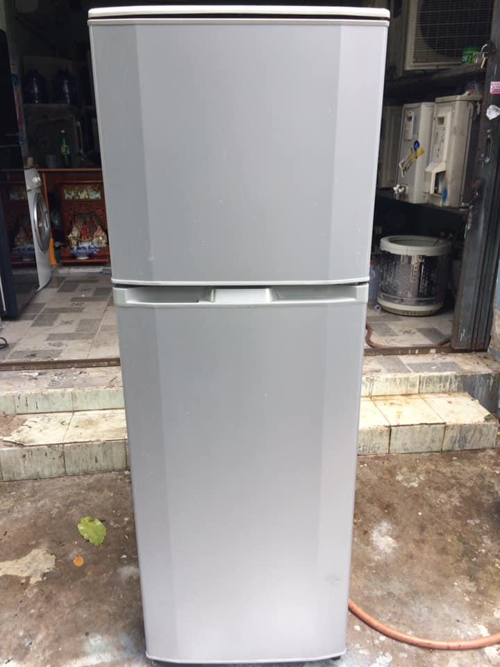Tủ lạnh Hitachi (220 lít) k đóng tuyết