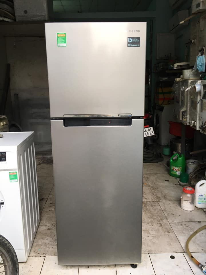 Tủ lạnh Samsung (236 lít) inverter tiết kiệm điện