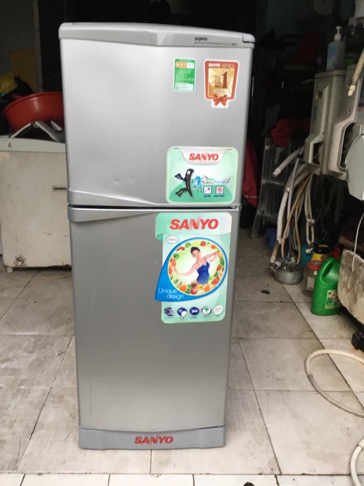 Tủ lạnh Sanyo (143lít) không đóng tuyết