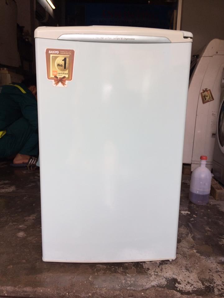 Tủ lạnh Sanyo 90 lít mới 90%