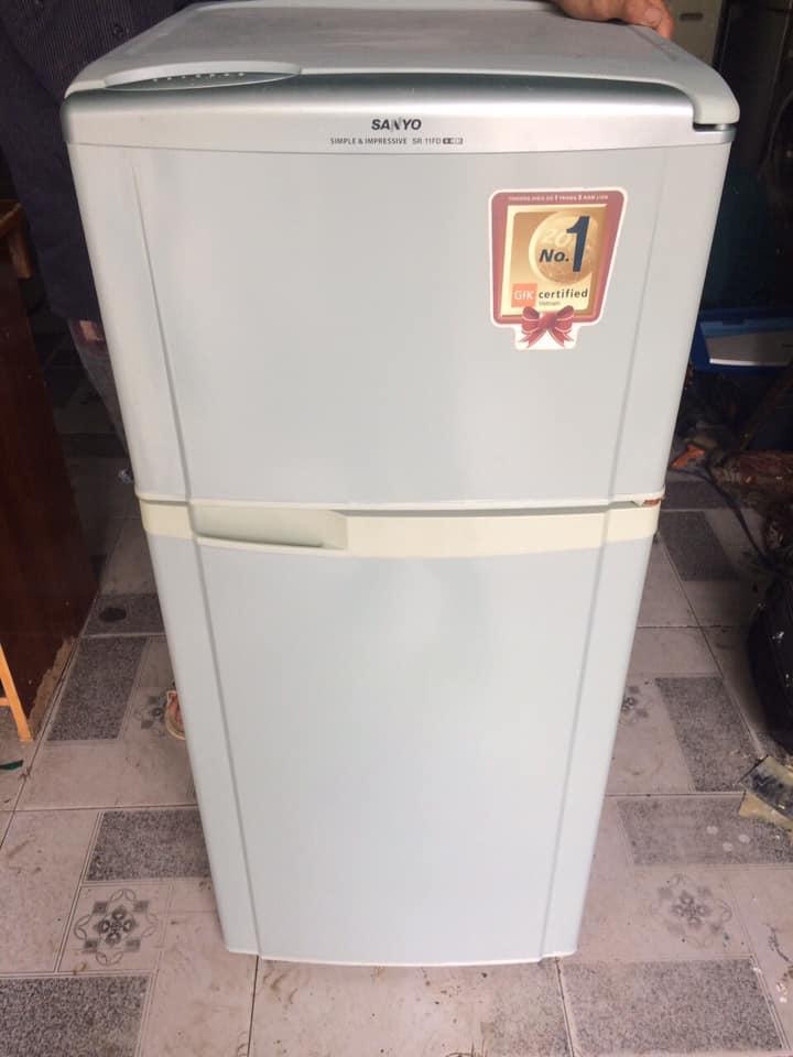 Tủ lạnh Sanyo SR-11FD ( 110 LÍT ) đóng tuyết