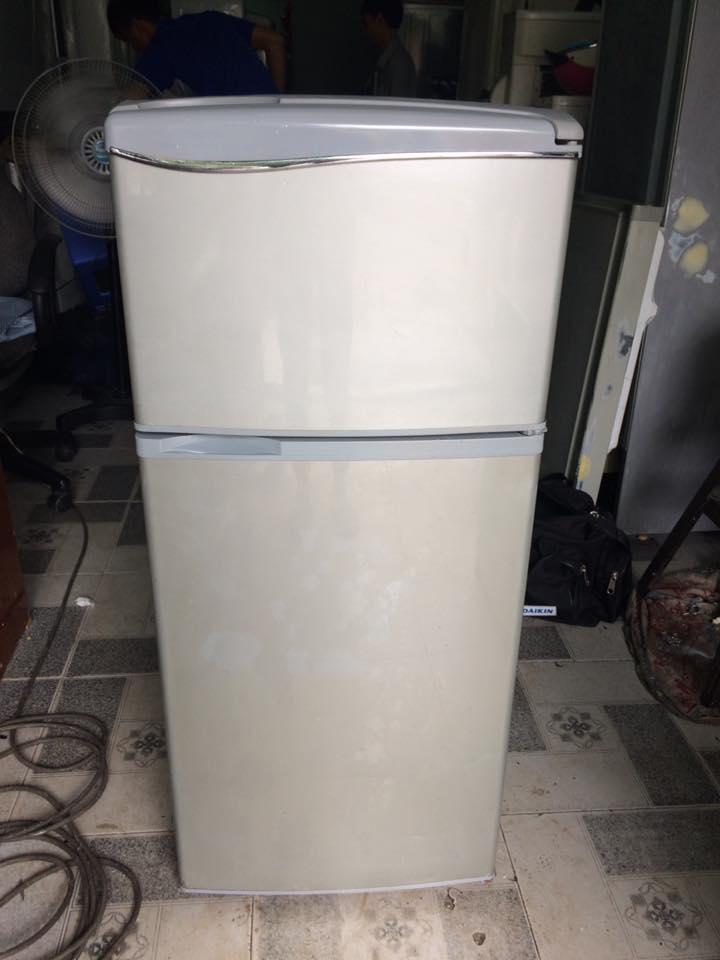 Tủ lạnh Sanyo SR-11KD 110 lít đóng tuyết