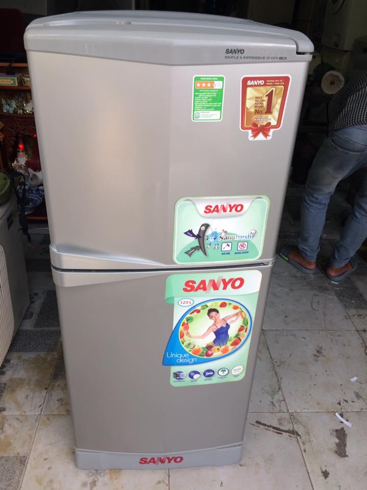 Tủ lạnh Sanyo SR-125PN(SS) 123 lít không đóng tuyết