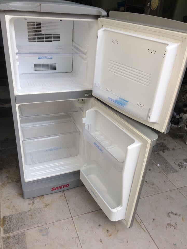 Tủ lạnh Sanyo SR-125PN(SS) 110 lít không đóng tuyết