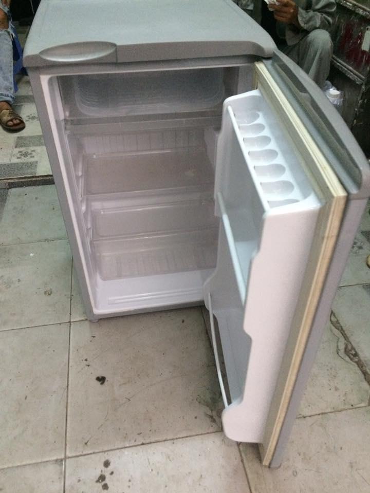 Tủ lạnh Sanyo SR-9JR (93 lít)