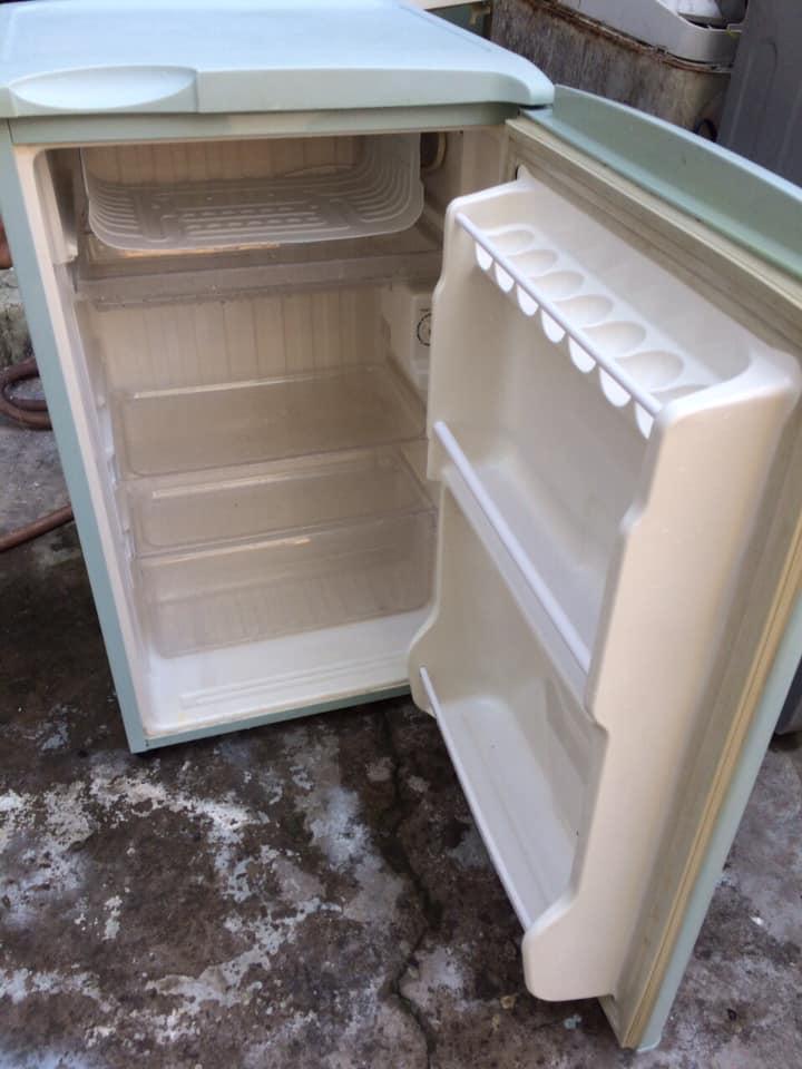 Tủ lạnh Sanyo SR-9KR (MG) 90 lít
