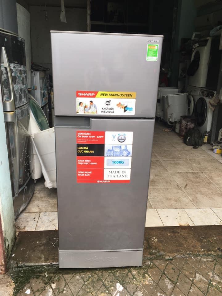 Tủ lạnh Sharp (180 lít) không đóng tuyết