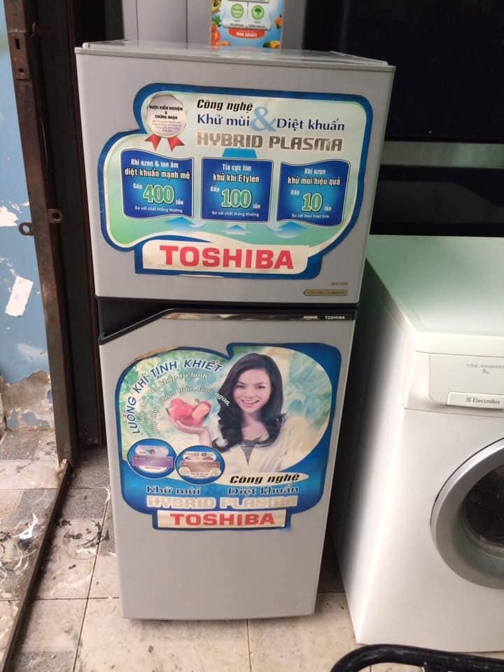 Tủ lạnh Toshiba (139 lít) k đóng tuyết