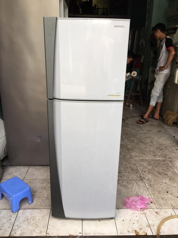 Tủ lạnh Toshiba (167 lít) không đóng tuyết