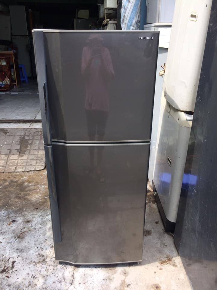 Tủ lạnh Toshiba GR-W21VPB (188 lít) k đóng tuyết