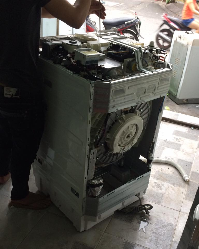 Vệ sinh máy giặt nội địa nhật quận Tân Phú