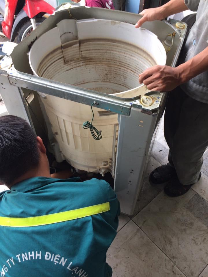 Vệ sinh máy giặt quận Gò Vấp giá rẻ|vệ sinh máy giặt nội địa gò vấp